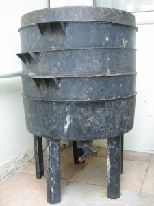 Can 'O' Worms composter